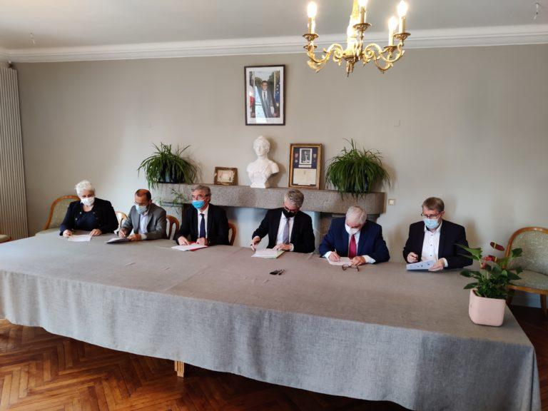 Signature de la convention Petite Ville de Demain