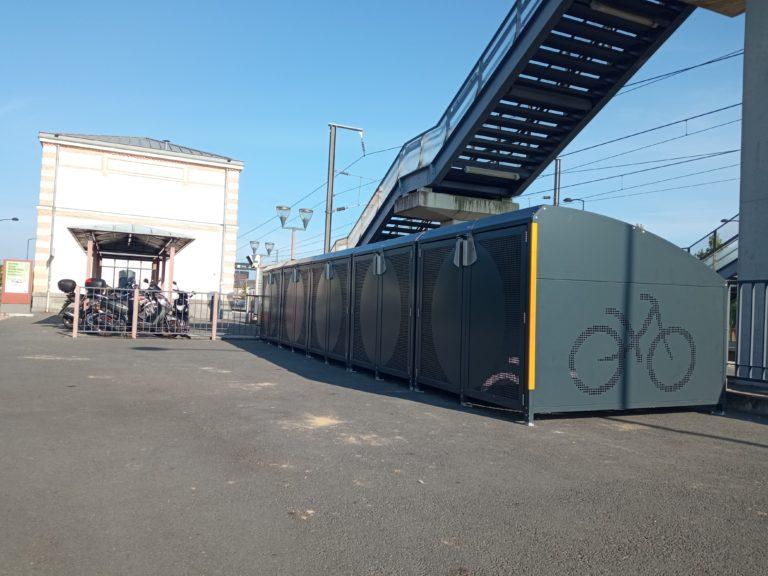 Des consignes à vélos sécurisées à la gare